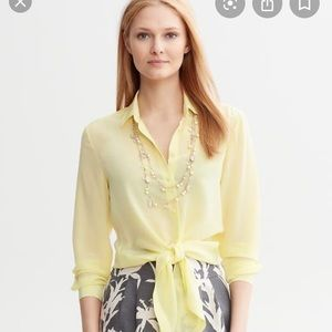 Banana Republic SILK front tied shirt
